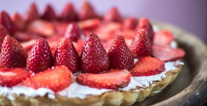 Strawberry Tart and my take on the Silicone Queen Mold by Tupperware