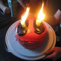 Geek Cake Friday: 13 Lucky Deadpool Cakes