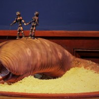 Geek Cake Friday: Top 10 Sandworm Cakes
