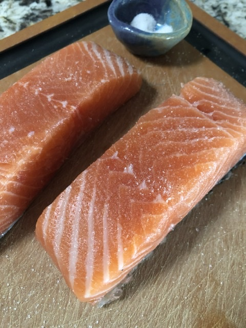 Seasoned salmon filets