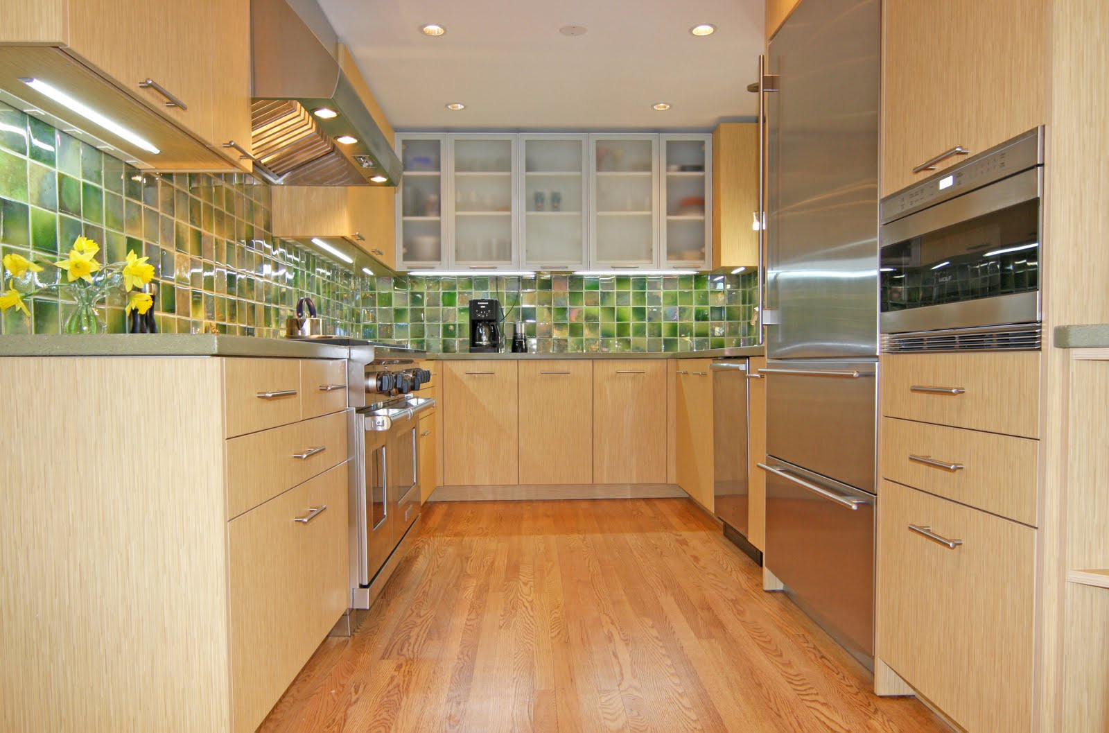 Tiny Galley Kitchen Designs Ronikordis Design Idea Ideas