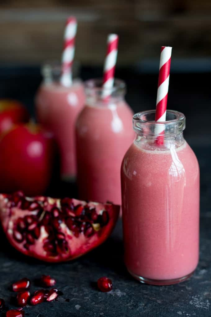 Apple, Elderflower & Pomegranate Hot Smoothie - A refreshing, healthy breakfast for a cold day.