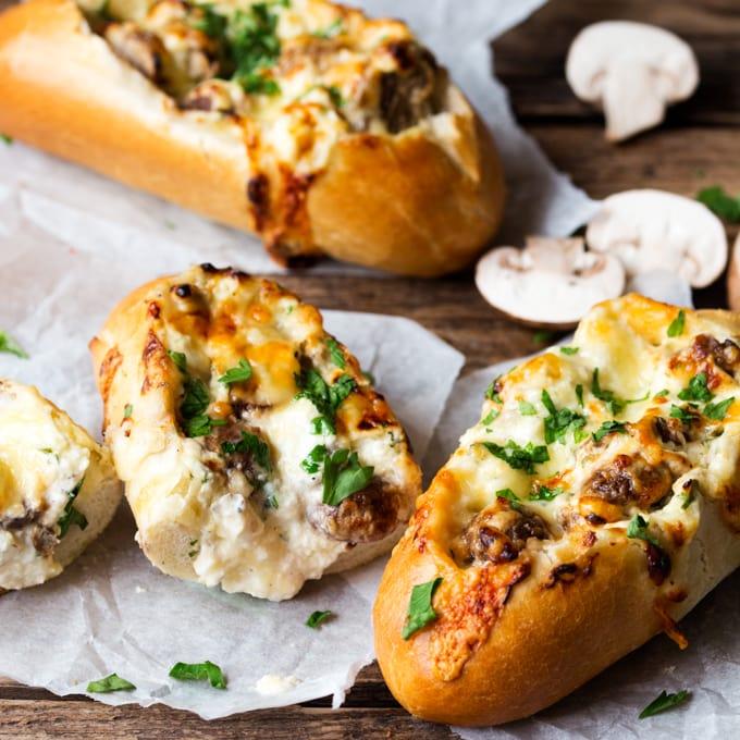 Creamy Garlic Mushrooms: 15 Minute Creamy Garlic & Mushroom Stuffed Bread