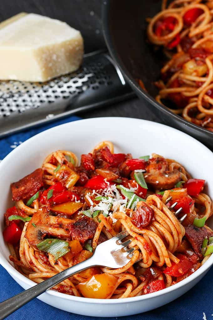 You can make this flavour-packed spaghetti dish ahead of time - without it clumping together. Full of veg, plus crispy bacon. Just reheat for a quick dinner. Freezable too!