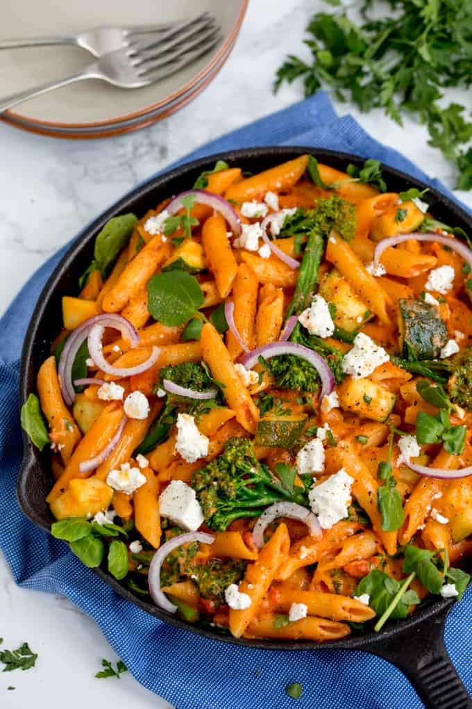 One-Pot Cheese and Tomato Pasta with Spring Vegetables and creamy feta - a fab Meat-free Monday meal!