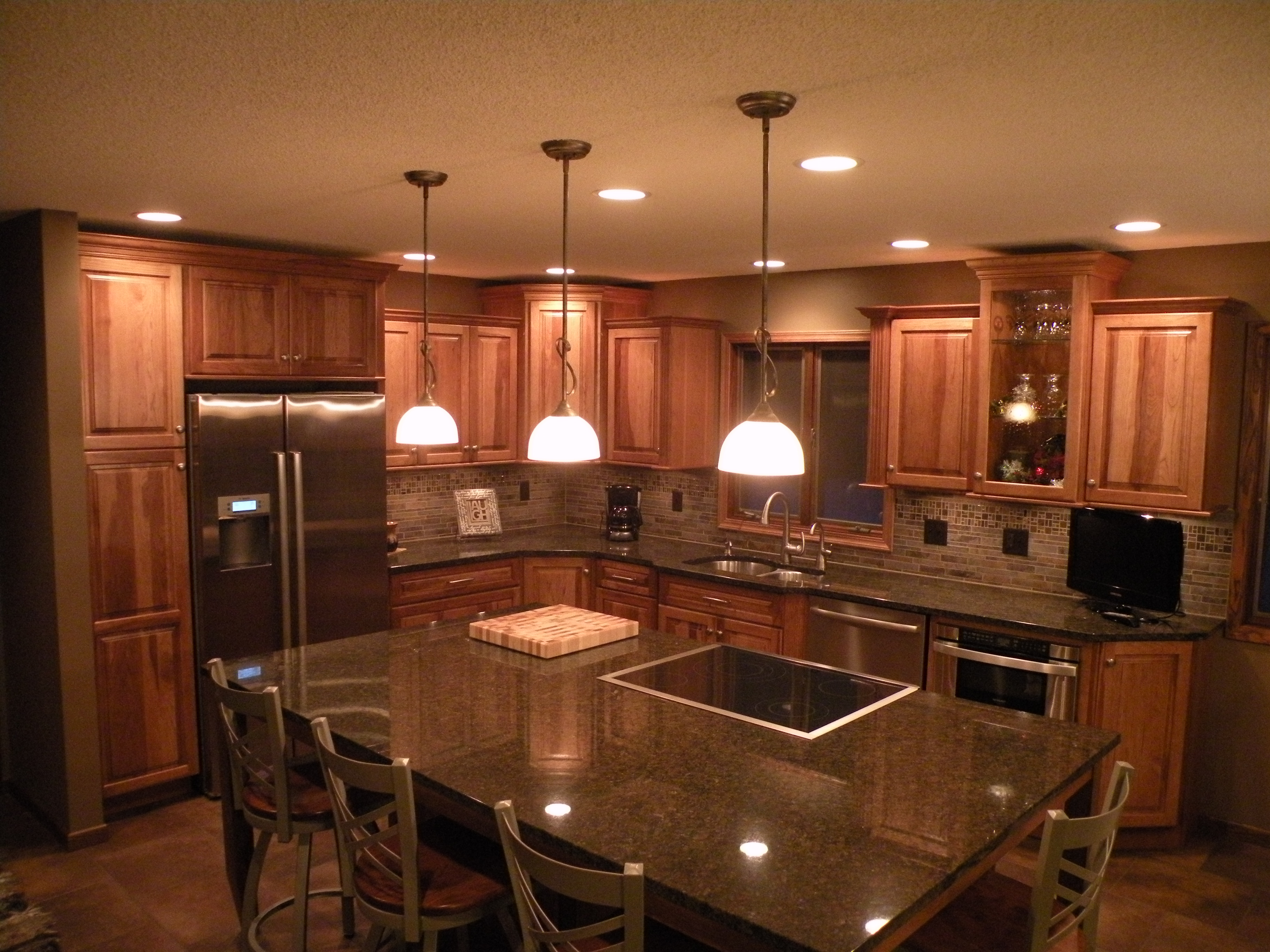 hickory cabinets kitchen outdoor kitchens las vegas kraftmaid sunset marquette cabinetry! | ...