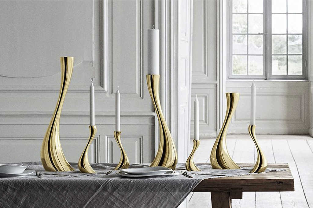 KitchenSpain Cobra candle holder set gold plated