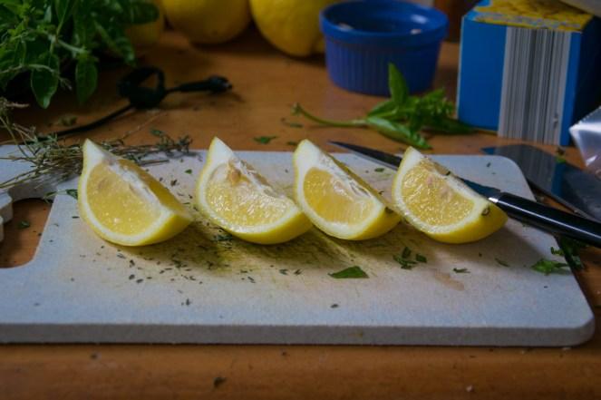 slicing lemons