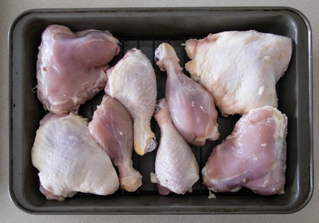 skinned & unskinned chicken leg pieces