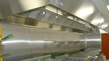 The difference between UV kitchen exhaust systems and corona discharge