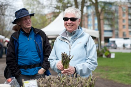 Marguerite Evans chooses fresh asparagus