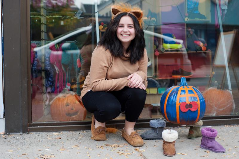 Reegan Gouchie-Smart of Kiddie Kobbler shows off their prize winning pumpkin.