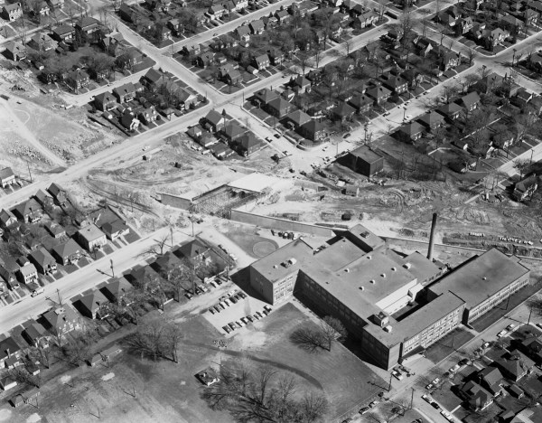 1961 aerial shot of the Queensway at Holland. That's Fisher Park school in the bottom right corner. Photo courtesy of theCity of Ottawa archives (CA-8455). Click to enlarge.
