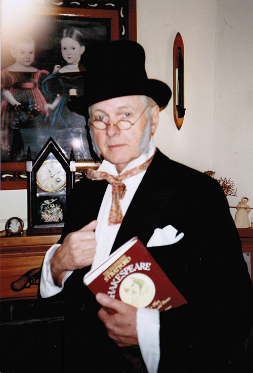 Bill Luxton (local television personality and actor) who volunteered at Broadview, reading to kindergarten and primary classes. In this picture, Bill is dressed as Hans Christian Andersen. Photo courtesy of Leslie Bricker