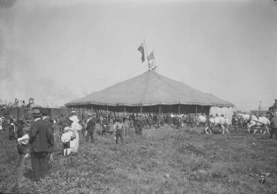When the circus came to town, in 1922. Images courtesy of Library and Archives Canada