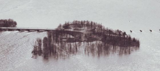 1928 photo of Bate Island flooding.