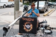 Multi instrumentalist, Didgera from Australia keeping the street alive with funky tunes