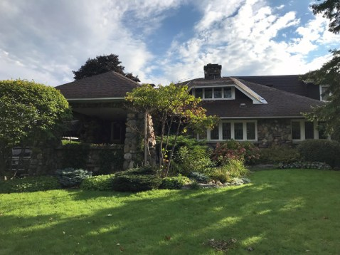 Who lives here: 239 Island Park Drive