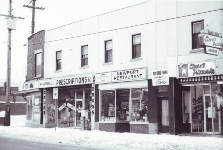 This photo from 1979 shows Newport in its first home and the old IDA drugstore.