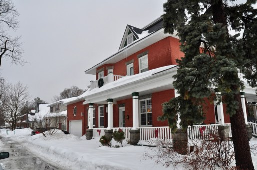 It was a snowy day in February when KT visited Dan Logue and Janet Yale at their home at 540 Wavell.