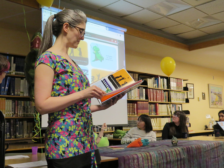 Author Gwen Smid reads from T-Rex Girl.