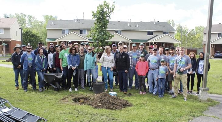 Ecology-Ottawa---OCH-planting