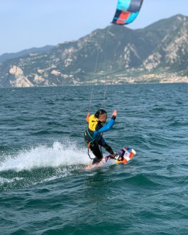 3 Kitesurfing lessons all inclusive