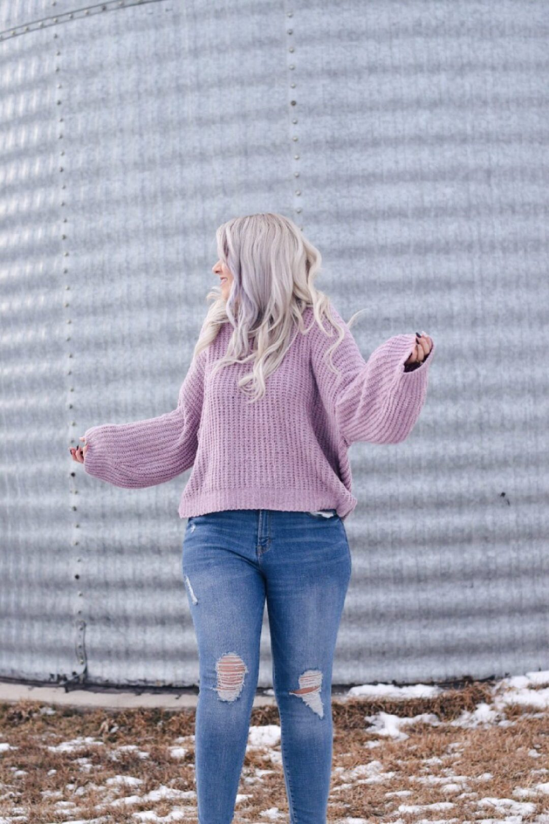 Cozy chenille sweater with skinny jeans