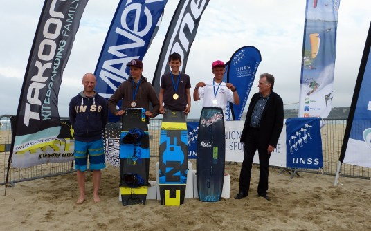 Hugo Metton Champion de France Kite Combiné FFVL collège