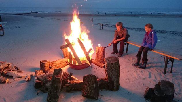 Das Freudenfeuer brennt..