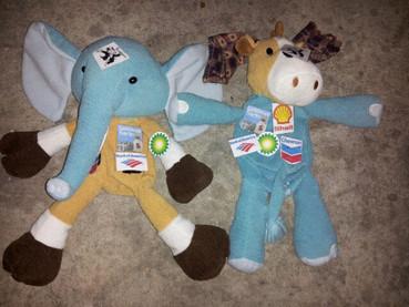 Elephant and Donkey candidate puppets