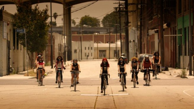 The Ovarian Psycos ride their bikes through East L.A. (Ovarian Psycos documentary)