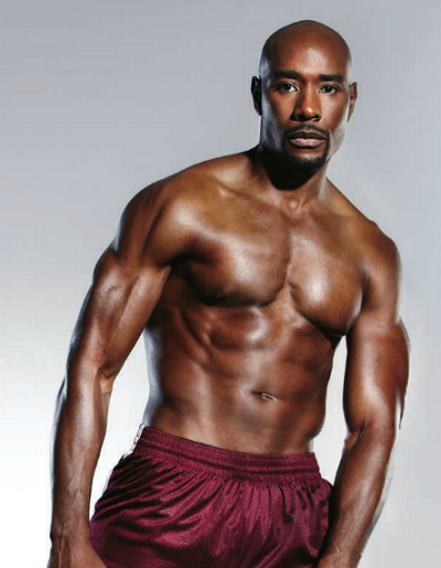 7-Pictures-Of-Morris-Chestnut-s-Hot-Abs-4-