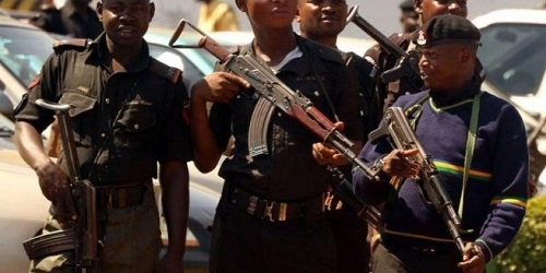 2016 2 Nigerian police