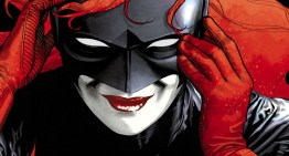Awww, DC Comics' Batwoman Proposes to Her Girlfriend