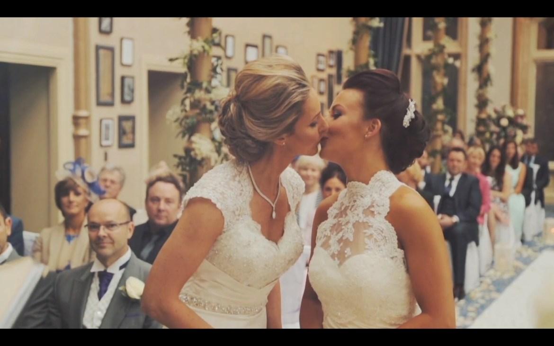 lesbian-wedding-09