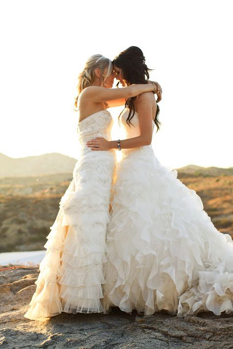 31 Beautiful Lesbian Wedding Photos That Prove Two Brides Are