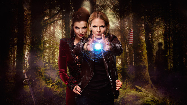 Once Upon A Time Stars Lana Parrilla And Jennifer Morrison Talk Swanqueen