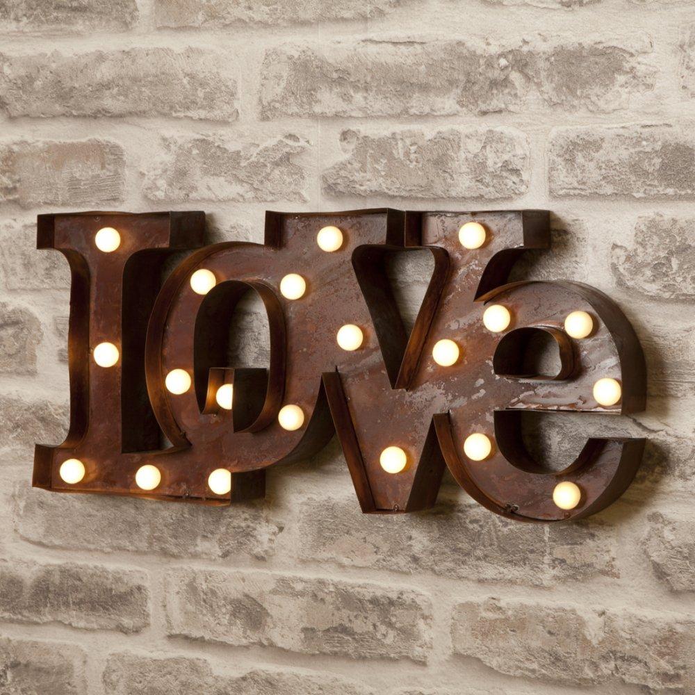 l-e-d-circus-lights-love-p97-491_zoom