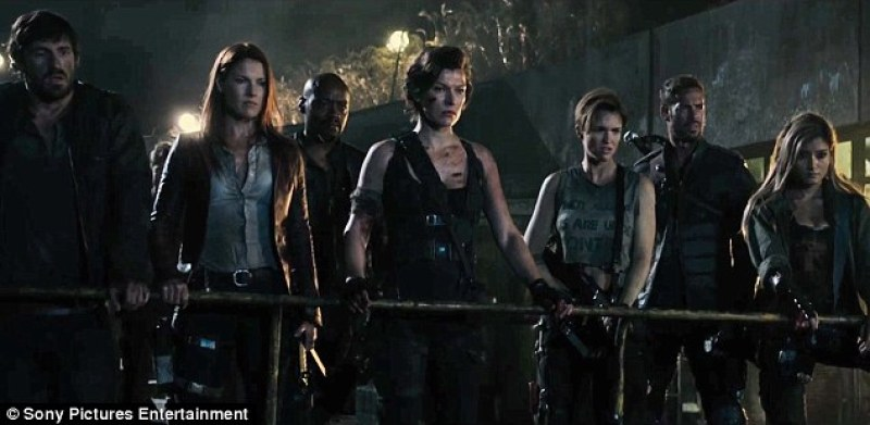 3989b55000000578-3853634-coming_soon_resident_evil_the_final_chapter_will_hit_cinemas_jan-m-58_1476934413734