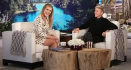 Amy Schumer Talks Lesbian Bars, Kate Hudson, And Stuffed Animals With Ellen