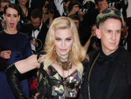 Daily Juice: Sarah Paulson's Reaction to Seeing Madonna At The Met Gala Is Everyone's Reaction