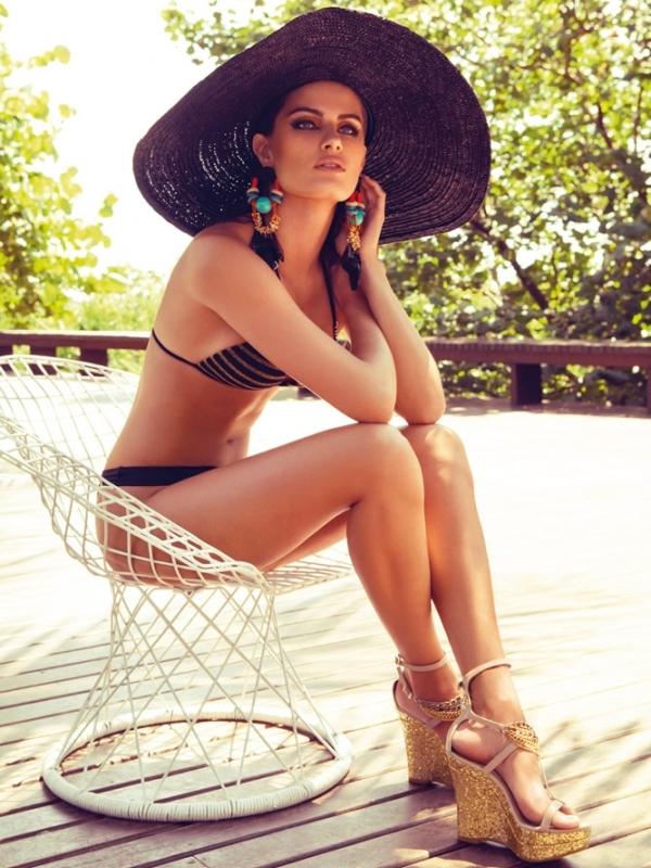 Модные шляпы лето 2012 — соломенная шляпа
