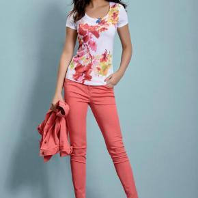 Как выбрать джинсы: советы девушкам