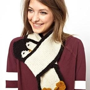4 - Забавный шарф в виде пингвина - 7 модных шарфов, которые согреют холодной зимой 2013-2014 года