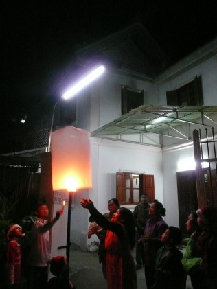 Letting the lantern fly up