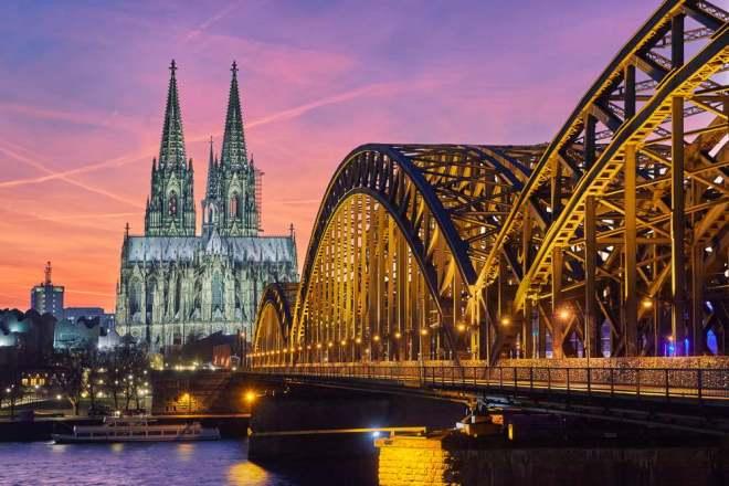 Köln Gezi ve Fotoğraf Rehberi