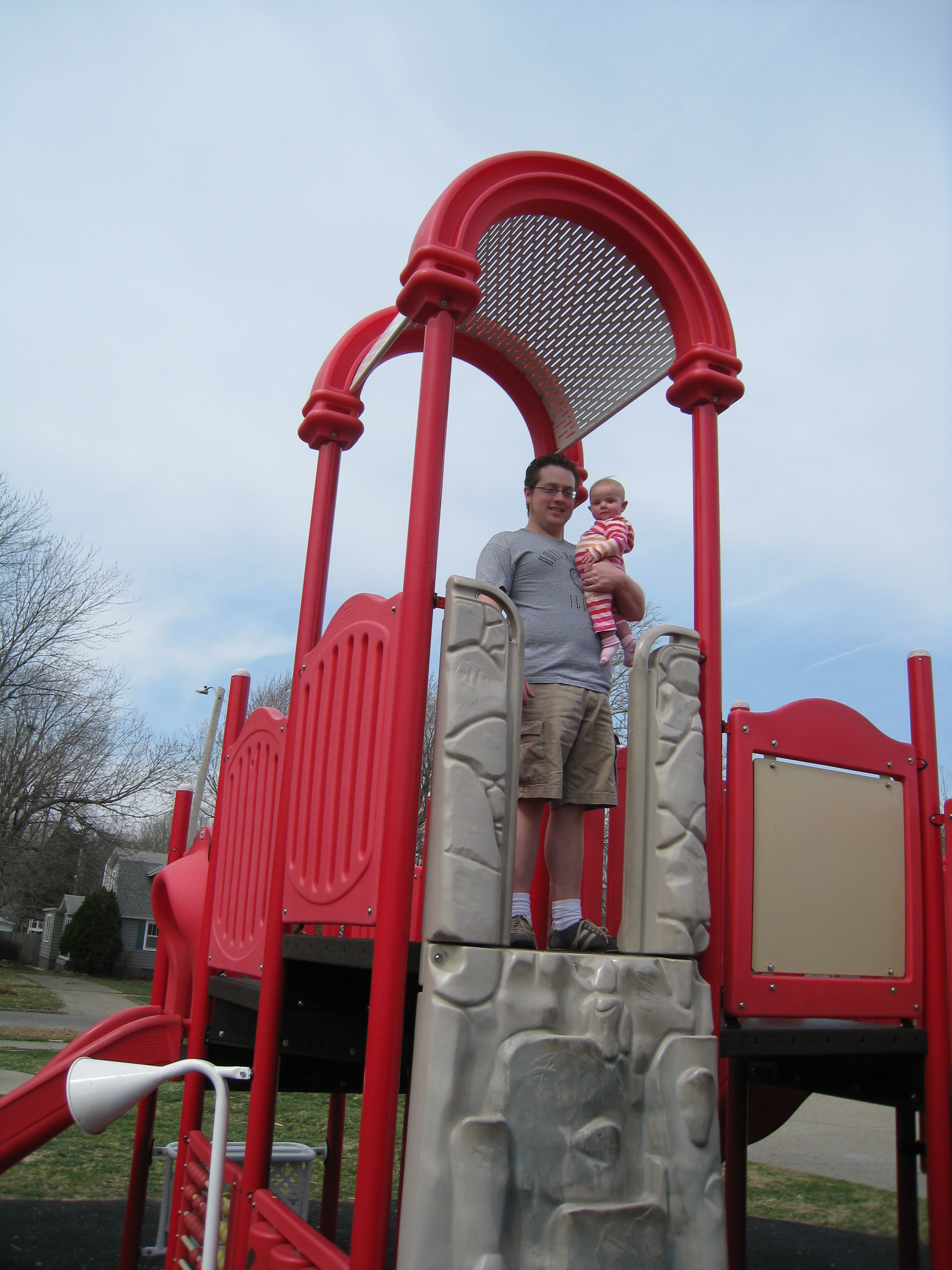 dan-and-kivrin-at-the-playground