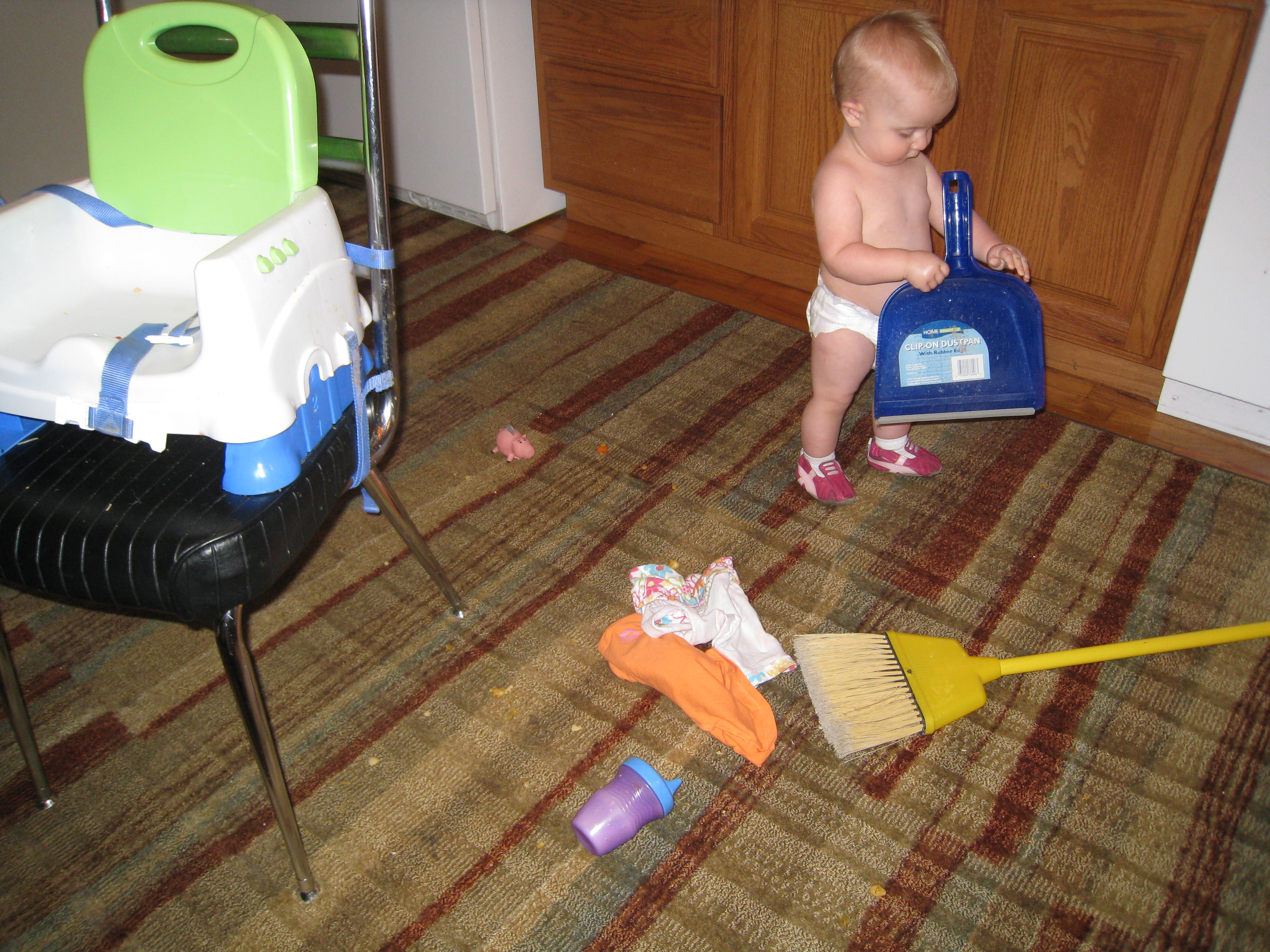 kivrin and the dustpan