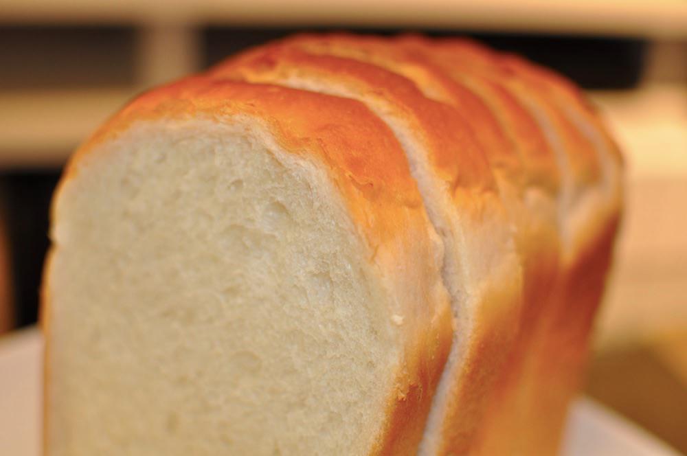 「食パン」「パンの耳」は英語でなんて言う?